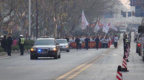 南京:一年多汽车增加34万辆,但拥堵排名却从第6降到第26