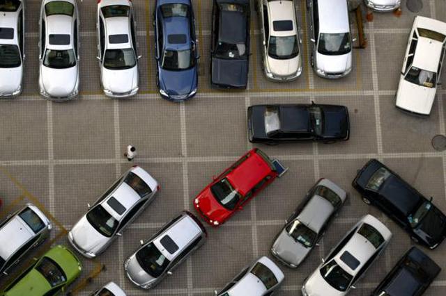 住建部拟将城市道路违法停车纳入城管执法范围
