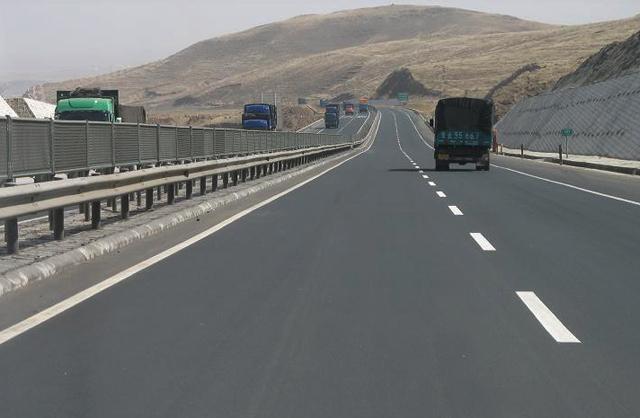 包头今年将完成投资76亿元,实施公路重点项目22个