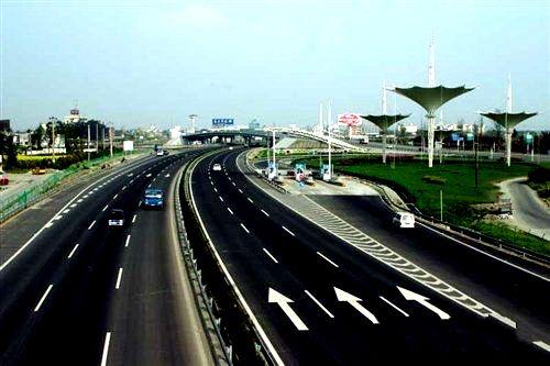 贵州分批建设高速公路入口治超设施