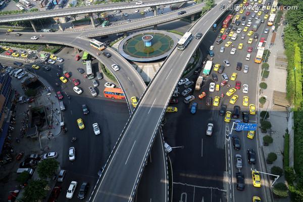 深圳:大数据+算法探索智能交通