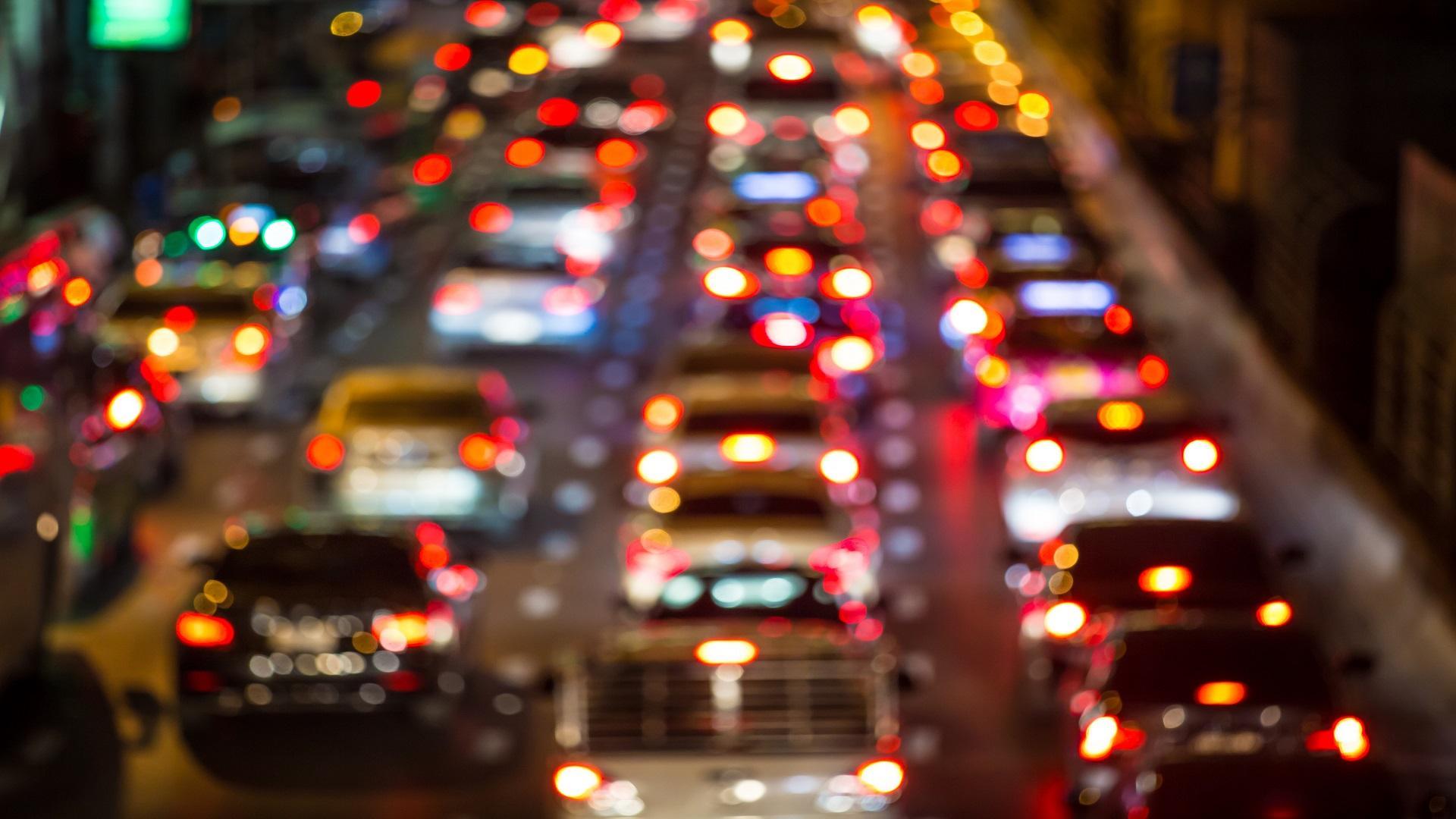 以I2X为起点,开启中国自动驾驶之路  ——以智慧的路支撑聪明的车