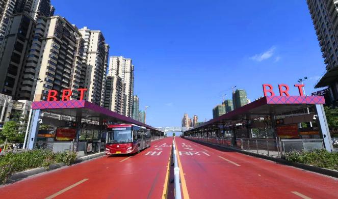 """海信助力南宁再添一条BRT线路!实力诠释BRT界""""高富帅"""""""