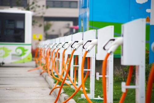 安徽:到2020年建成电动汽车充电桩18万个以上