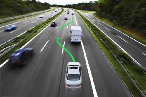 北京发首份自动驾驶路测报告 安全行驶超15万公里