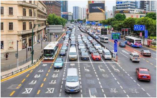 交通违法审核难?眼控科技智能识别系统赋能道路安全监管